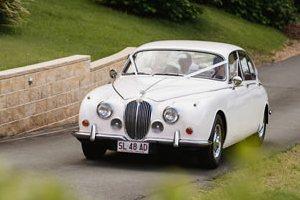 mosiac-wedding-car-sunshine-coast-2a